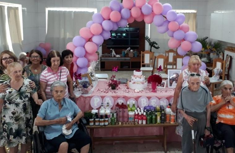 Inoar realiza doação de produto para o Lar dos Velhos em Assis (SP)